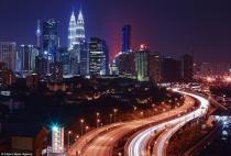 Thực hành bài 6: Đọc, phân tích lược đồ phân bố dân cư và các thành phố lớn của châu Á - Địa lí 8 trang 19