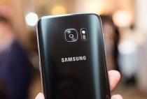 """Galaxy S7 edge chính thức nắm gọn danh hiệu """" Best Smartphone"""" tại MWC 2017"""